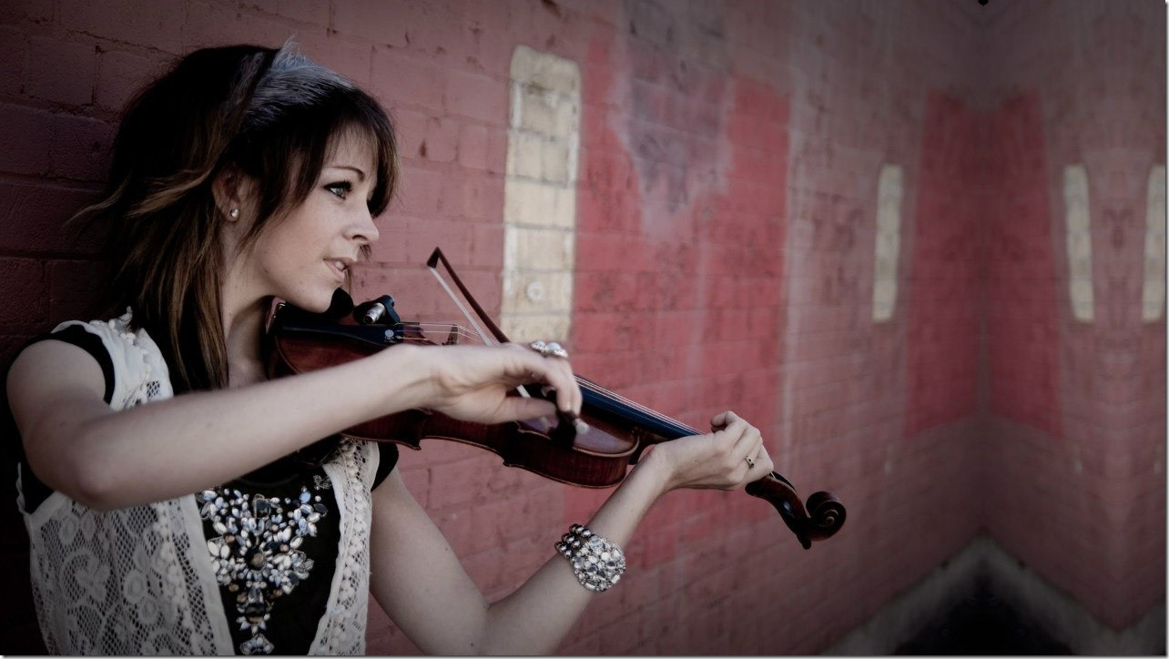 Lindsey Stirling (27)
